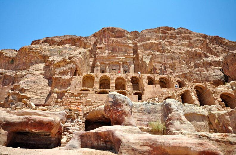 Hiking Petra Jordan